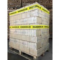 Super fine lyse briketter, god kvalitet. 960kg / 10kg pakker